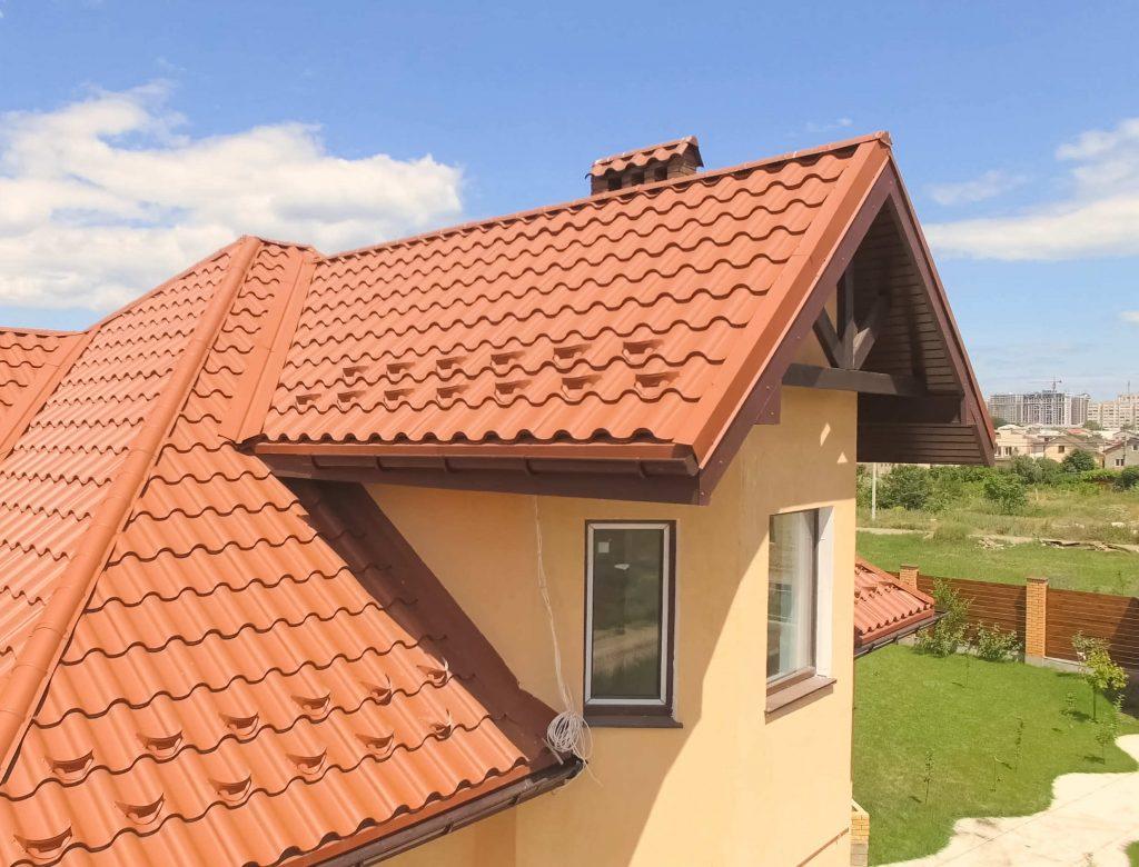 ¿Qué hacer si tienes una gotera en tu tejado?