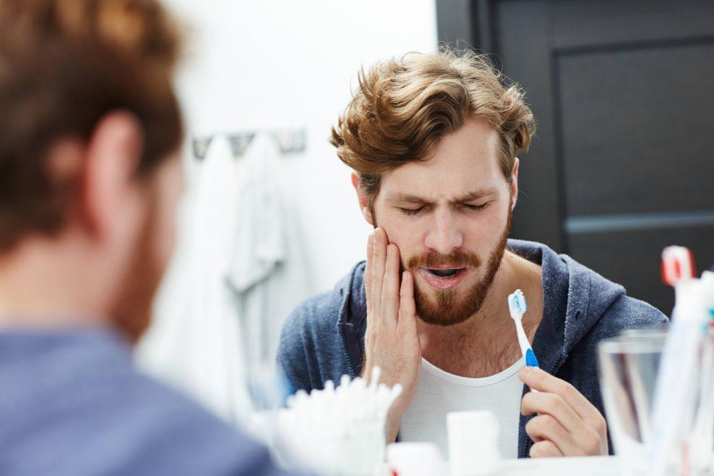 6 enfermedades bucodentales que quizá no conocías